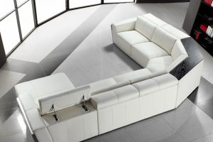 Cosmopolitan Large Sectional