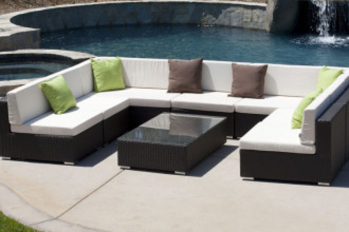 Learn From These Mistakes Before You Purchase Your New Patio Furniture