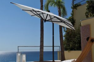 Offset Patio Umbrella | Vancouver Sofa and Patio