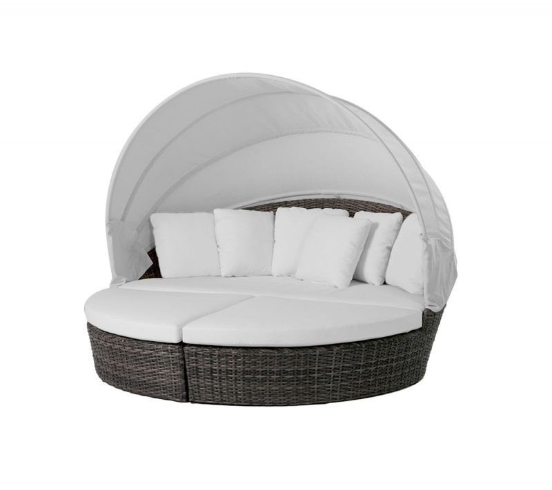 Coral Gables Cabana with cream cushions and cream canopy.