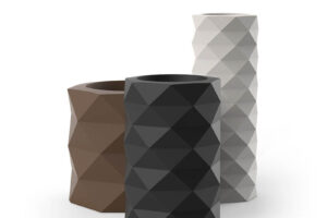 The Marquis planter by Vondom is 3 different colors.